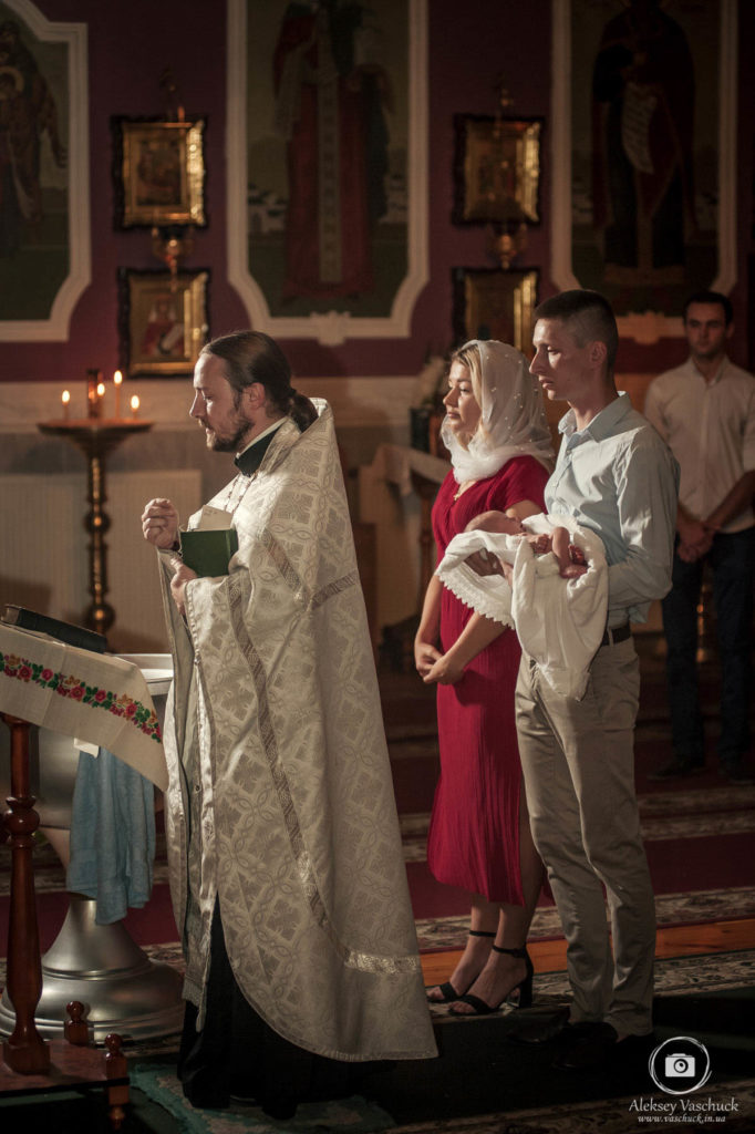 крестины в Свято-Покровский соборе