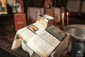 DSC 9885 1024x682 1 300x200 - Крестины в Свято-Покровском соборе
