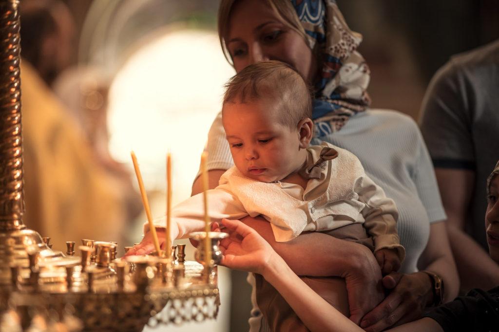 Фотосессия крещения в Храме Адриана и Наталии УПЦ